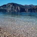 Kristall klares Wasser in Brenzone am Gardasee